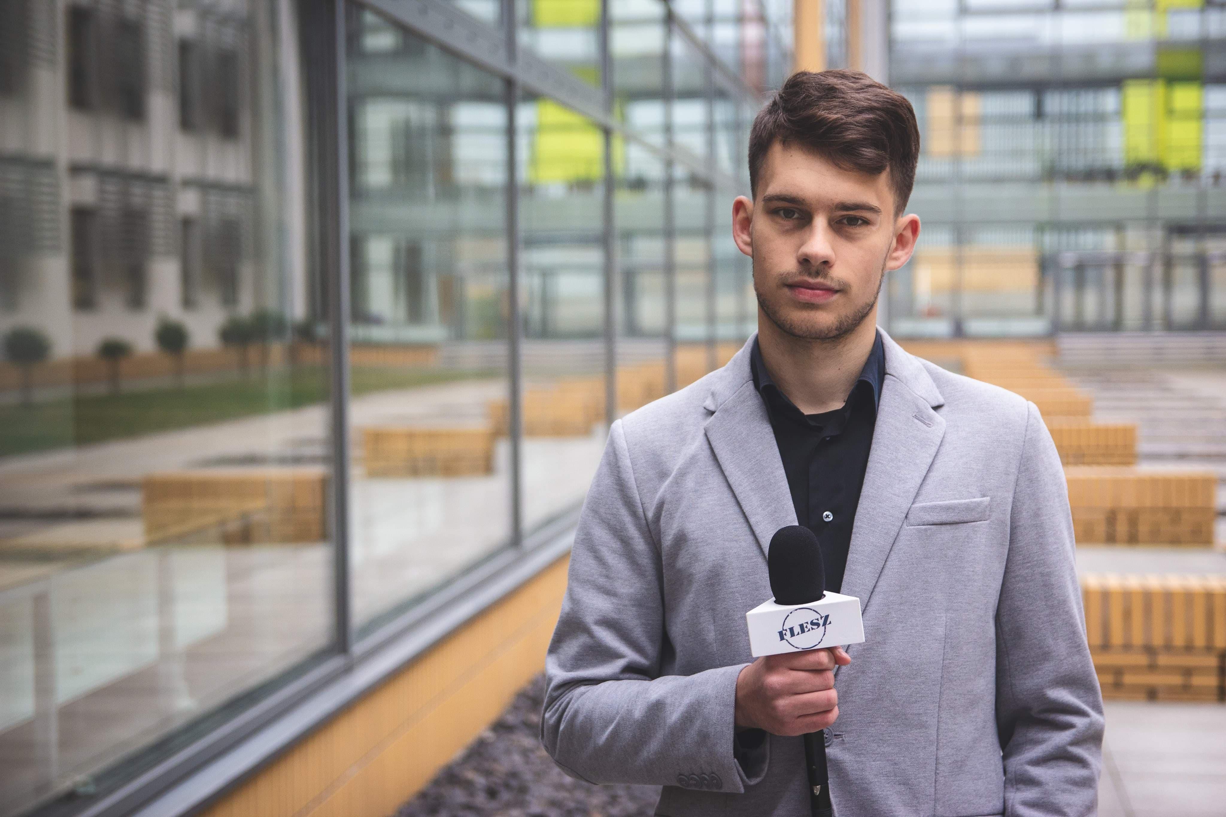 michal-krol-telewizja-studencka-flesz